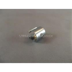 CLIP POUR CABLE ACCELERATEUR (COTE PEDALE) Ref: NAM6923